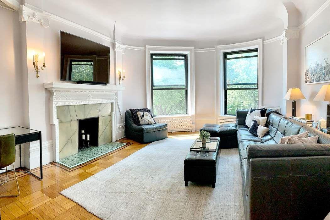 44 Riverside Drive New York, NY 10024