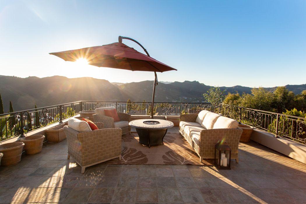 1403 Cuesta Linda Pacific Palisades, CA 90272