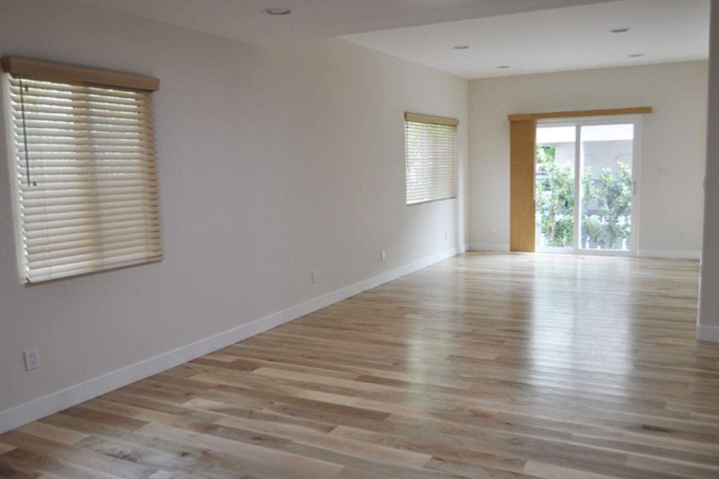 1011 Barrington Avenue Los Angeles, CA 90049