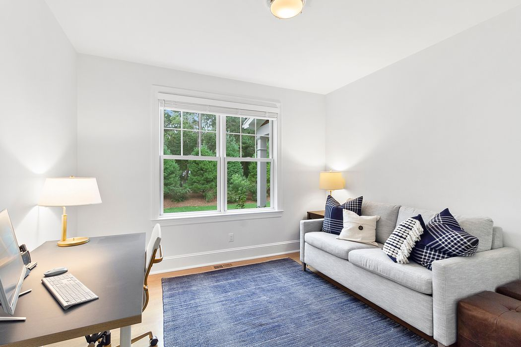 55 Whooping Hollow Road East Hampton, NY 11937