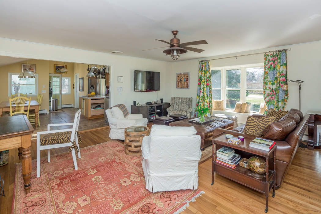 14 Sunset Road Sag Harbor, NY 11963