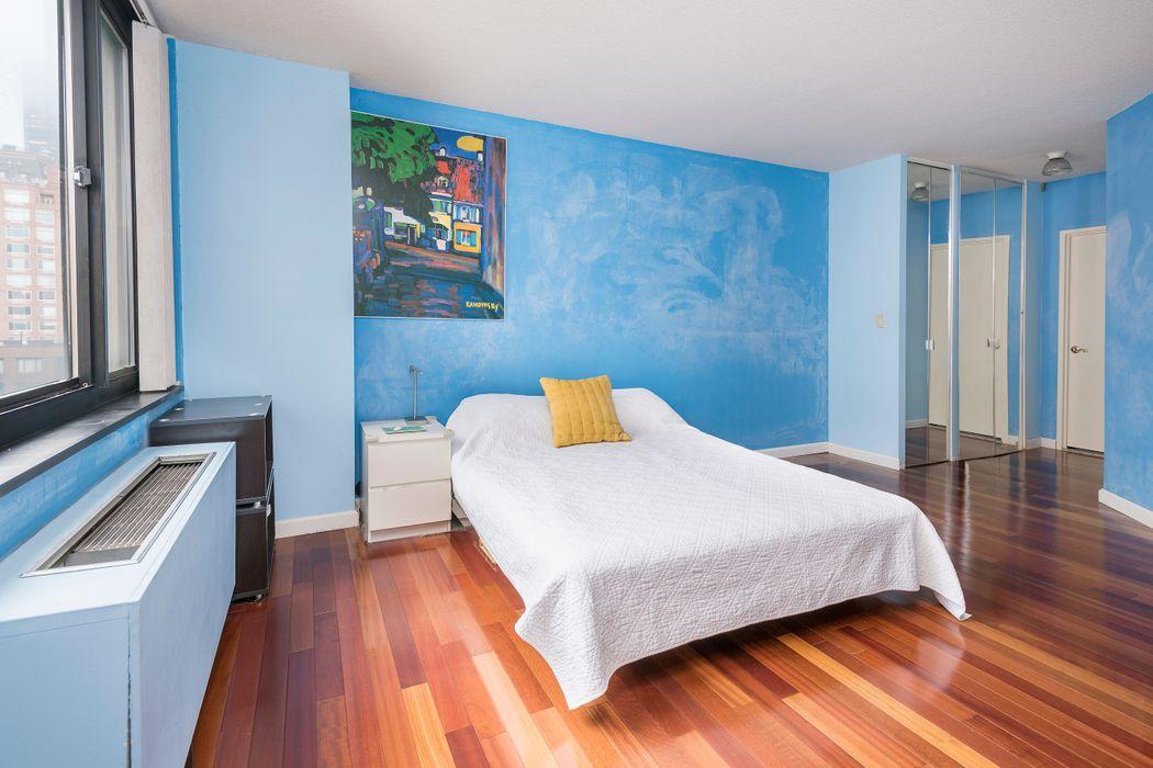 377 Rector Place New York, NY 10280