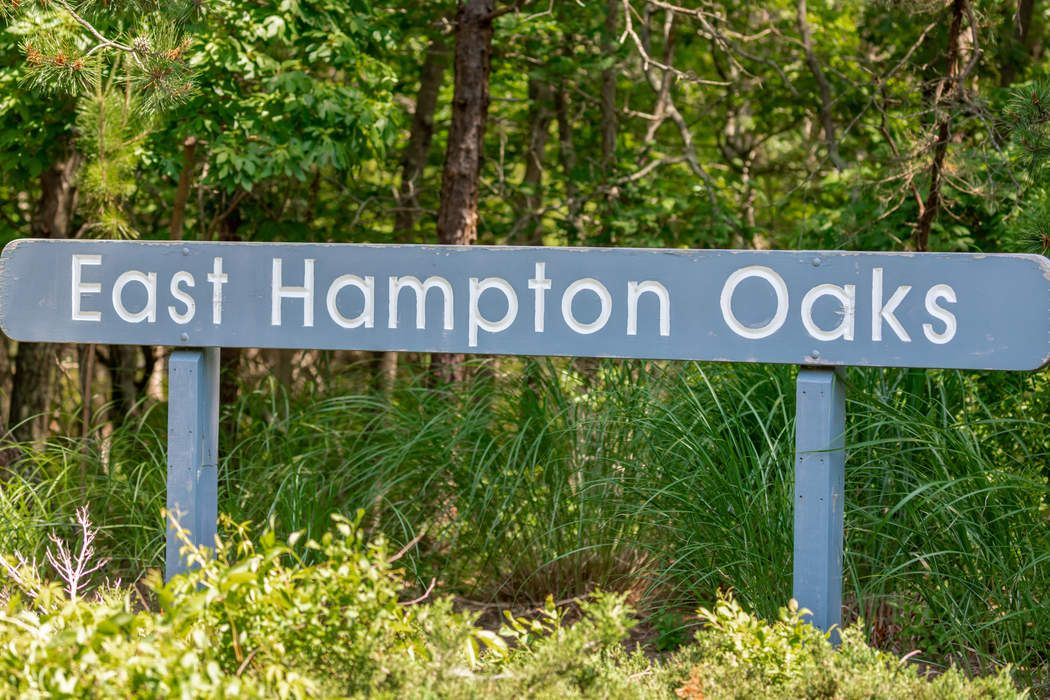 29 Diane Drive East Hampton, NY 11937