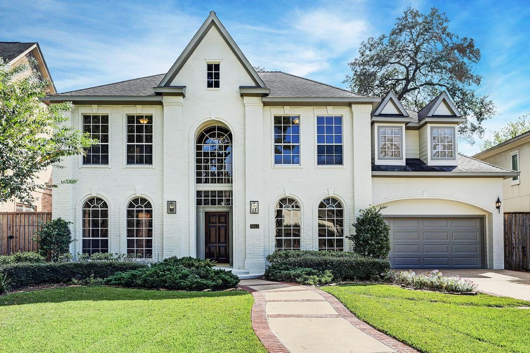 4613 Cedar Oaks Lane Bellaire, TX 77401