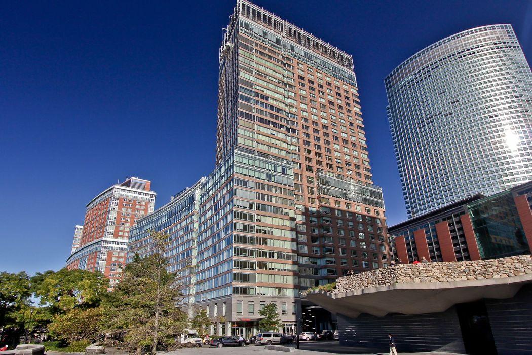 2 River Terrace New York, NY 10282