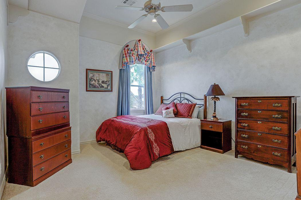 19015 Crescent Bay Drive Houston, TX 77094