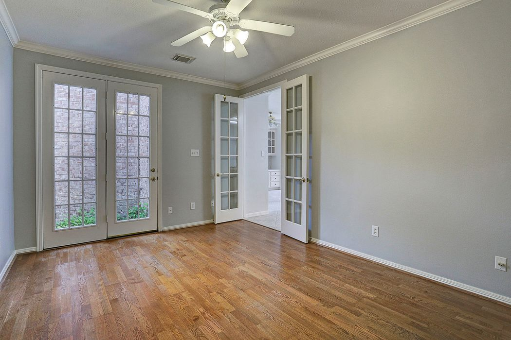 1523 Harness Oaks Court Houston, TX 77077