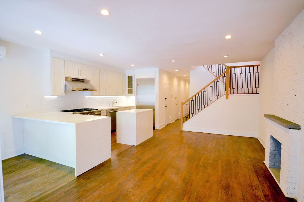 54 West 88th Street New York, NY 10024