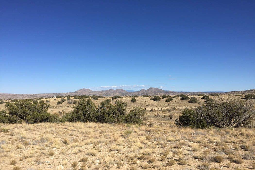 131-A Via Sol Estrella Santa Fe, NM 87010