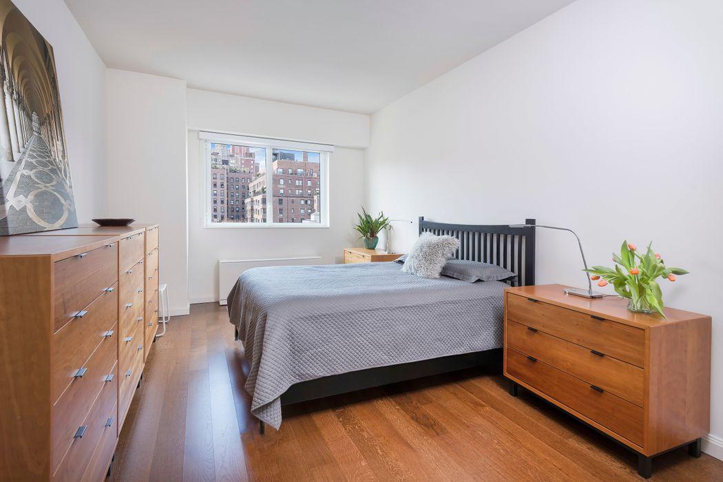 200 East 94th Street New York, NY 10128