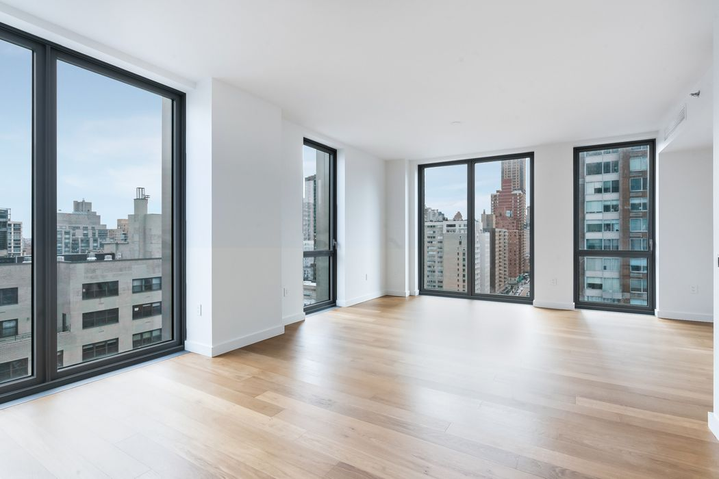 360 East 89th Street New York, NY 10128