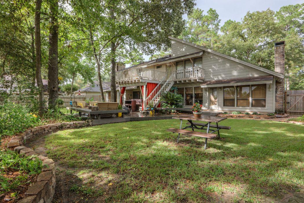 2403 Golden Pond Drive Kingwood, TX 77345
