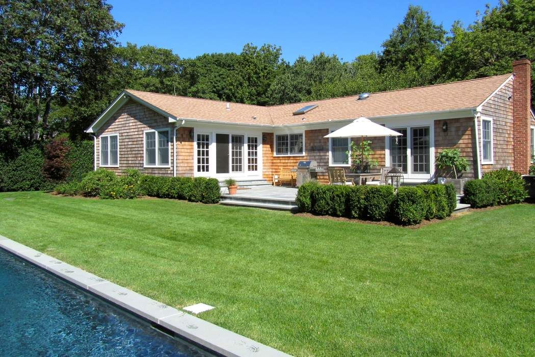96 Edwards Lane Southampton, NY 11968