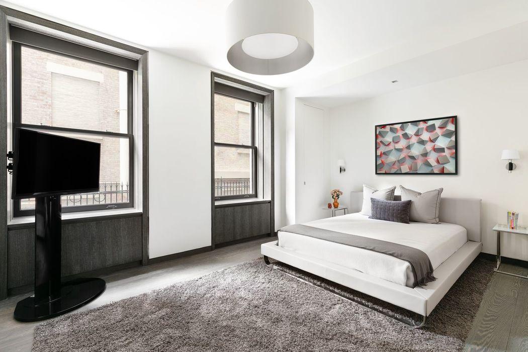 927 Fifth Avenue New York, NY 10021