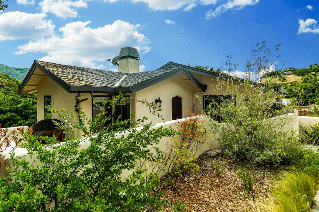 27835 Mesa Del Toro Road Salinas, CA 93908