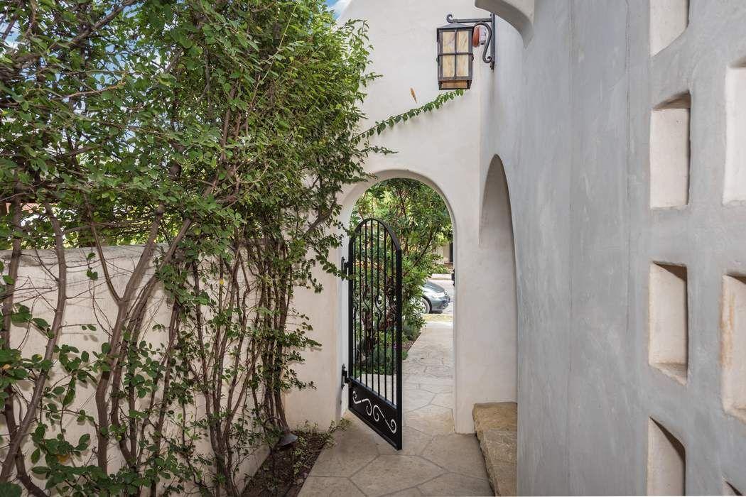 219 Santa Barbara Street Santa Barbara, CA 93101