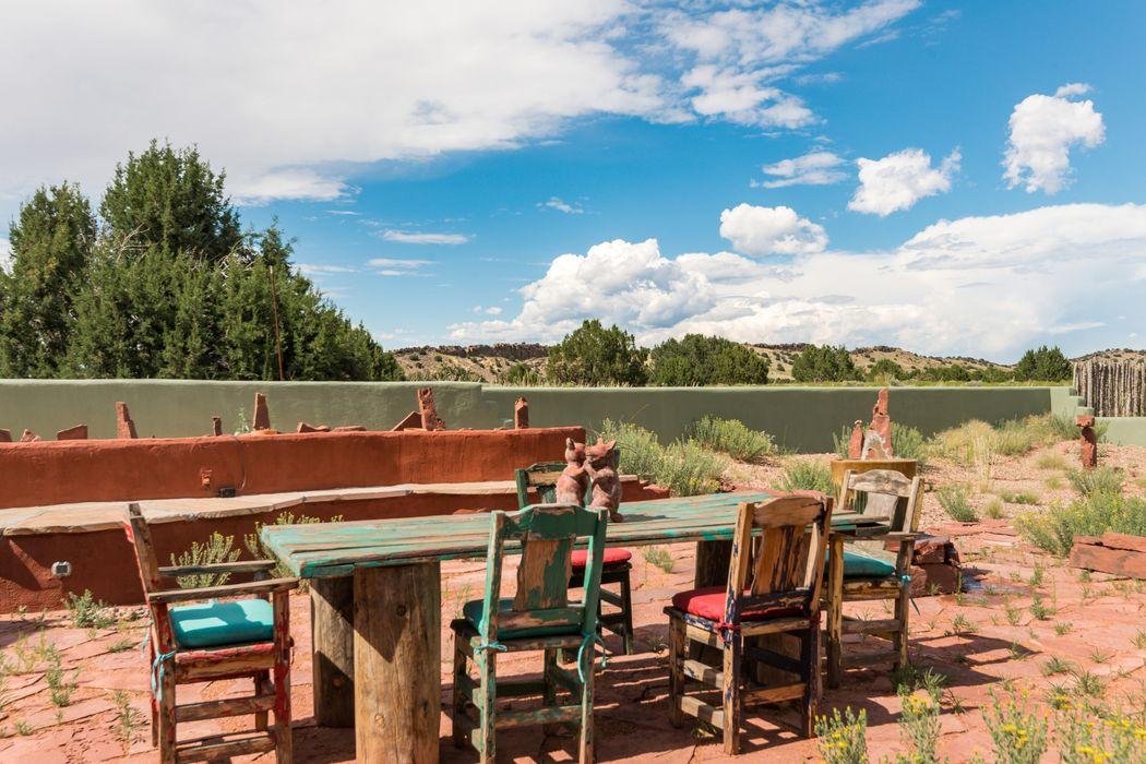 784a Camino Los Abuelos Galisteo, NM 87540