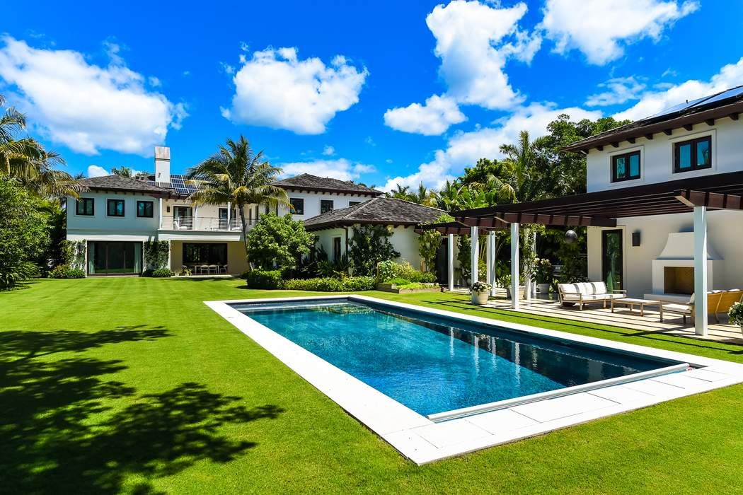 Gracious and Serene Living Palm Beach, FL 33480