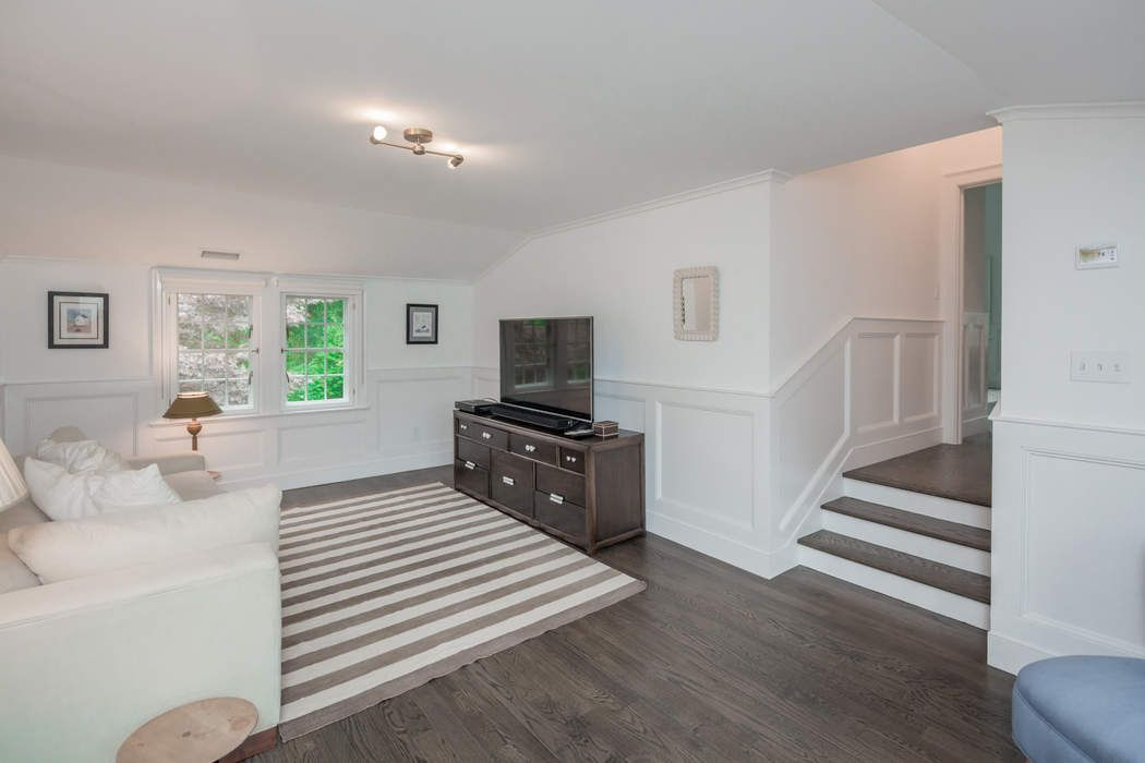 5 Miller Terrace East Hampton, NY 11937