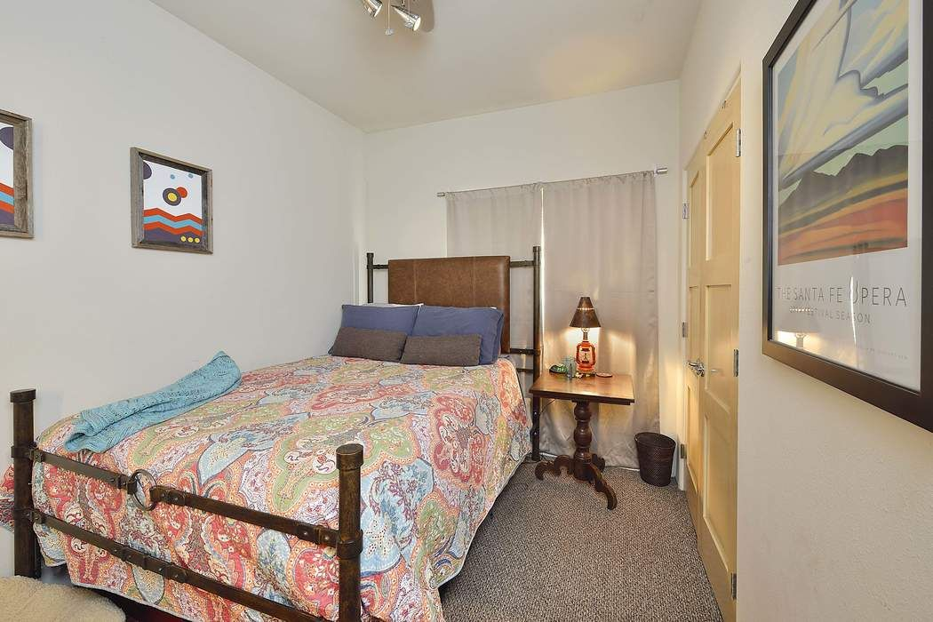 810 Calle Saragosa Units 1-6 Santa Fe, NM 87505