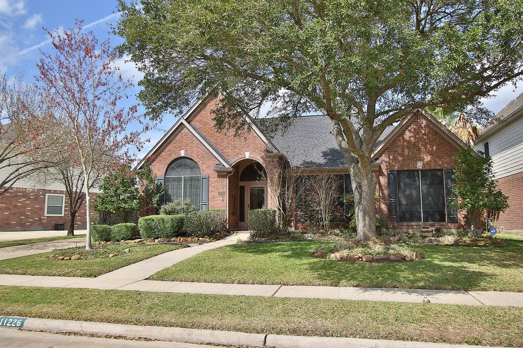 11226 Chestnut Woods Trail