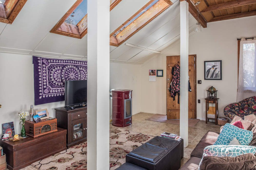 460 Archer Street Monterey, CA 93940