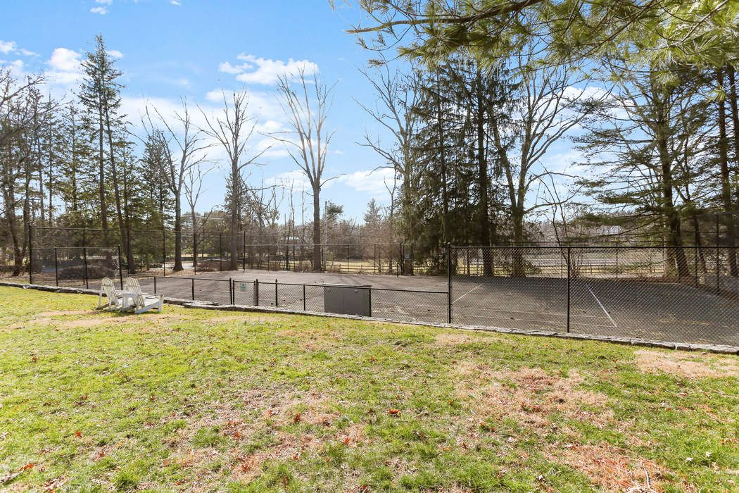 59 Cherry Valley Road Greenwich, CT 06831