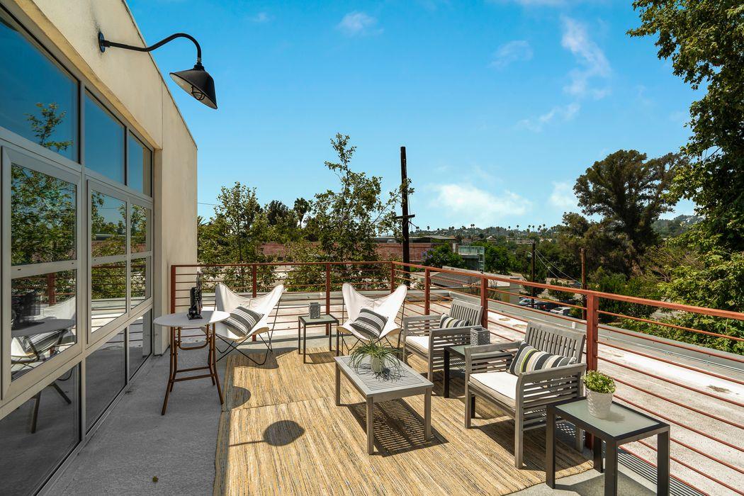 1010 Sycamore Avenue South Pasadena, CA 91030
