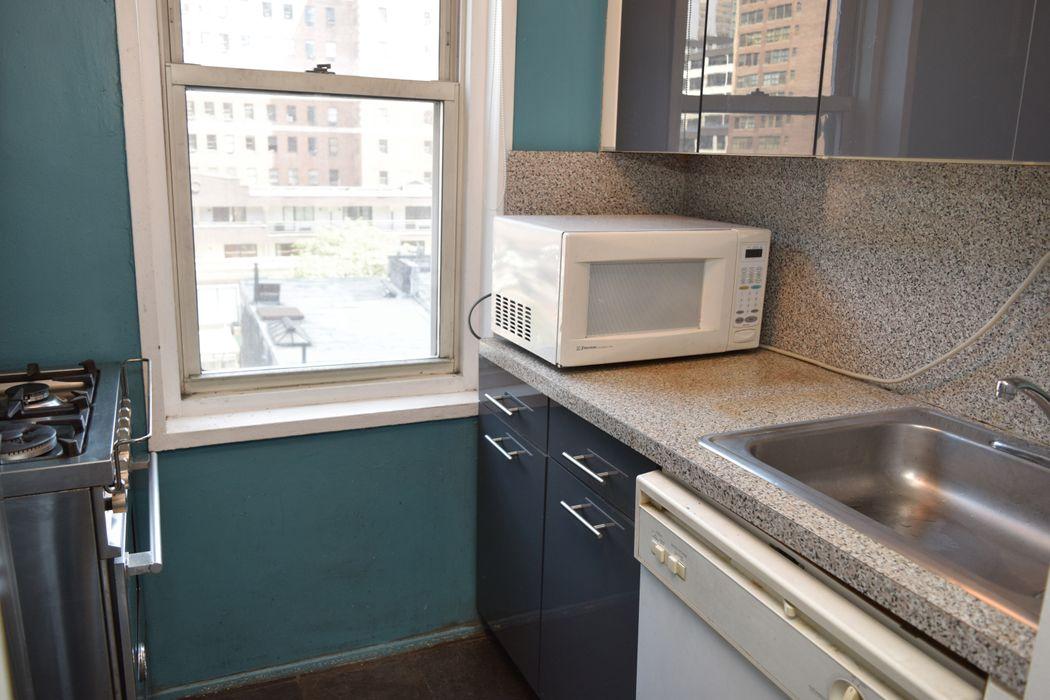 408 West 34th Street New York, NY 10001