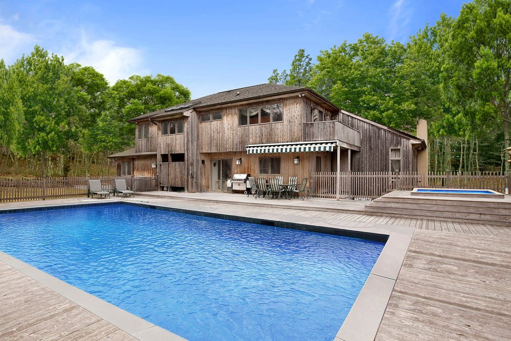 Ultimate Retreat with Tennis Water Mill, NY 11976