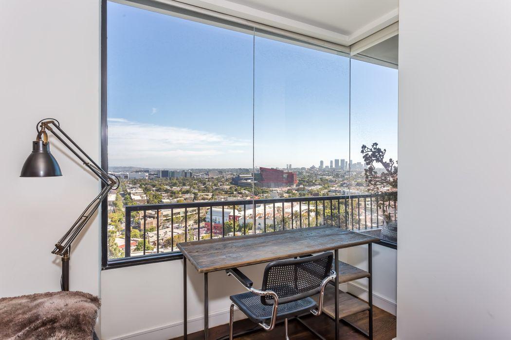 1100 Alta Loma Road Los Angeles, CA 90069