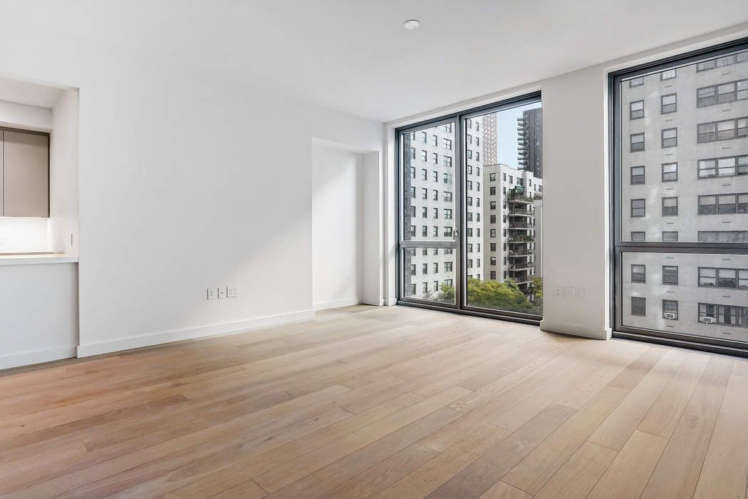 360 East 89th Street, Apt. 6C