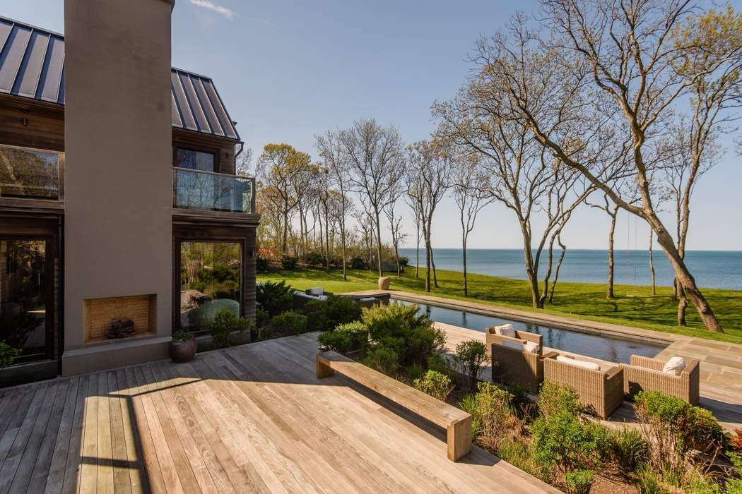 Panoramic Water Views East Hampton, NY 11937