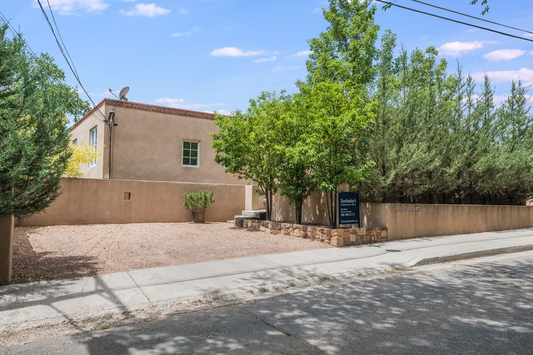 806 E. Palace Avenue, Unit A Santa Fe, NM 87501