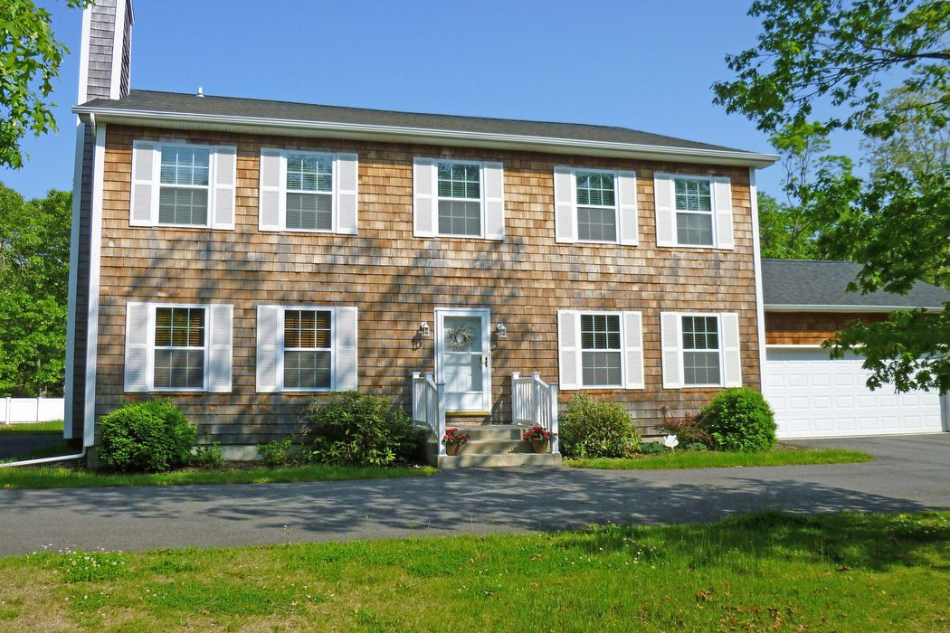 Summer Living East Hampton, NY 11937