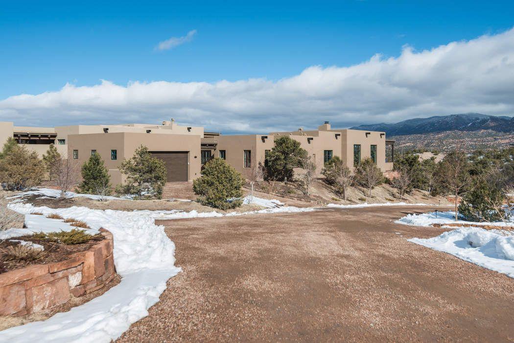 3100 Monte Sereno Drive Santa Fe, NM 87506