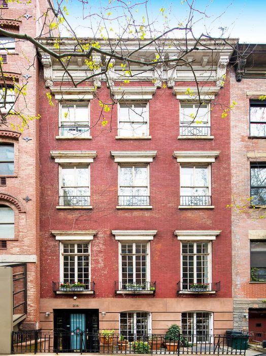 215 East 12th Street New York, NY 10003