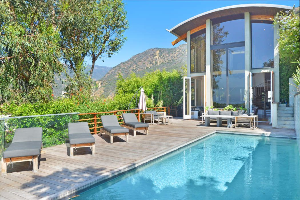 Unique Ocean View Modern Home In Malibu