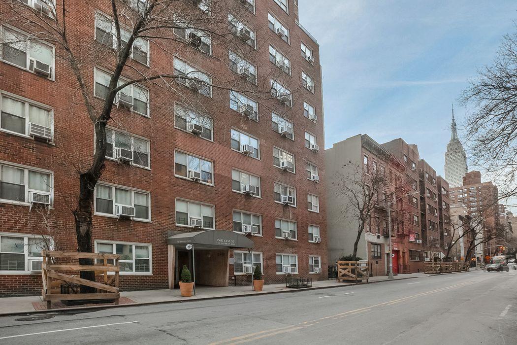 240 East 35th Street New York, NY 10016