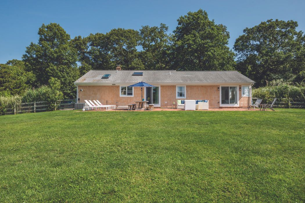 289 Ferry Road North Haven, NY 11963