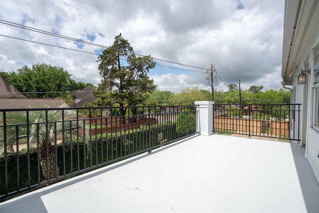 702 Marywood Chase Houston, TX 77079