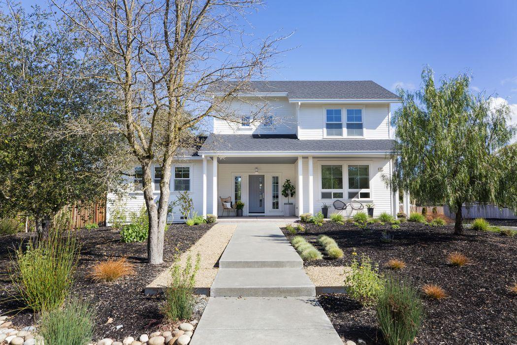 230 Newcomb St Sonoma, CA 95476