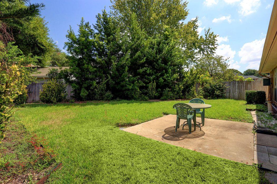 2410 Horseshoe Lane Richmond, TX 77469