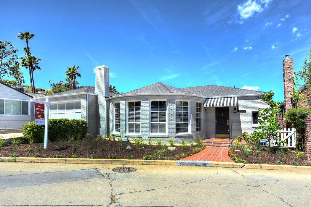3875 Carnavon Way Los Angeles, CA 90027