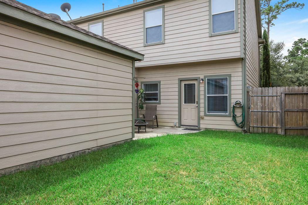 23806 Township Elm Street Spring, TX 77373