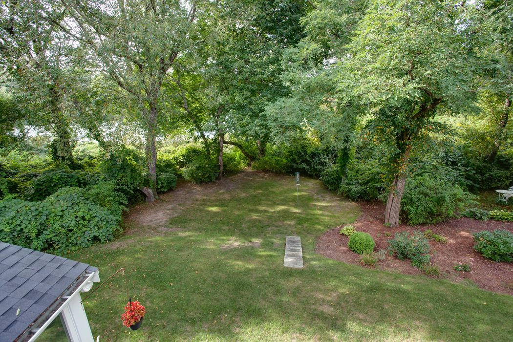21 Stoney Pond Circle Marstons Mills, MA 02648