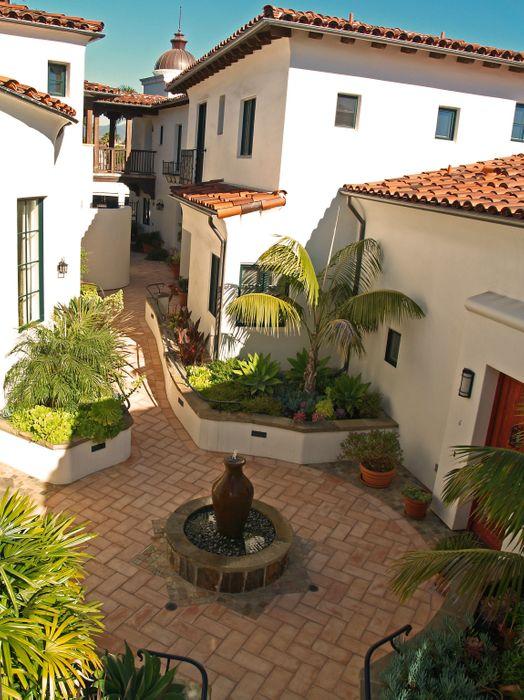 121 West De La Guerra Street Unit 11 Santa Barbara, CA 93101