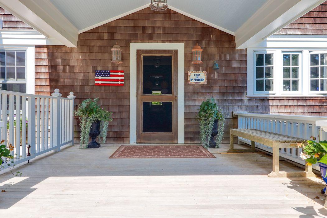 332 Bluff Road Amagansett, NY 11930