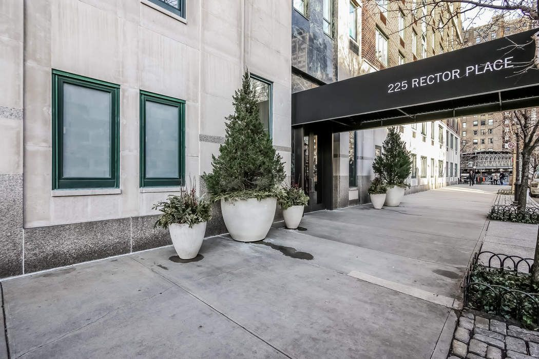 225 Rector Place Apt 7f New York Ny 10280 Sotheby S