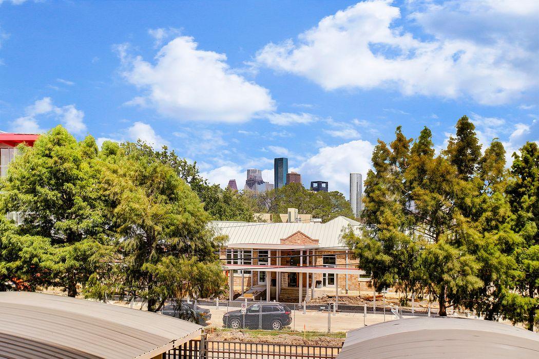 1419 Montrose Boulevard Houston, TX 77019